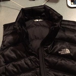 North Face black vest with side pockets